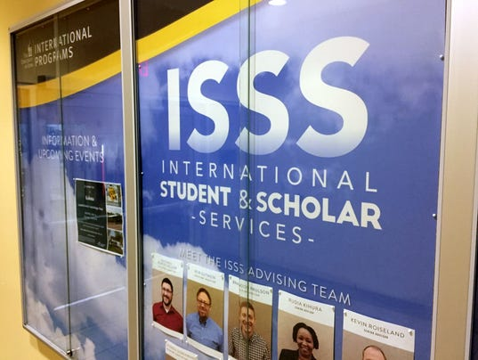 636353921510059450-interantional-students.JPG