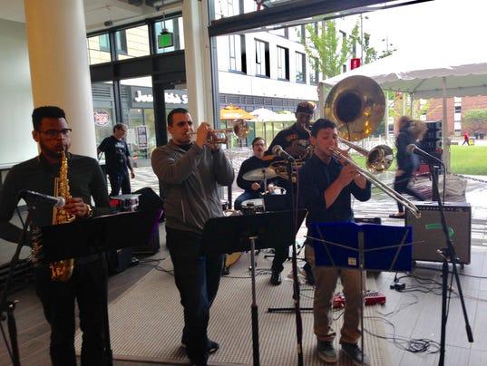 New-Brunswick-Brass-Band Brighter