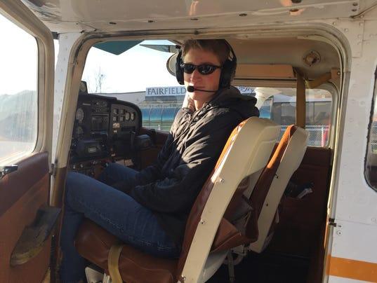 01 LAN Teen Pilot 0327