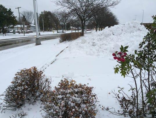 SPJ-1111-Snow