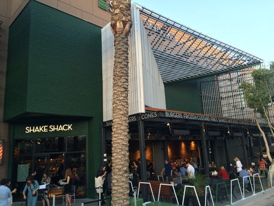 Shake Shack Ceo We Ve Wanted To Open A Shake Shack In