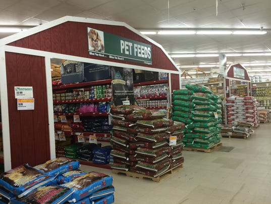 Bomgaars Farm Supply Store Opens In Grimes