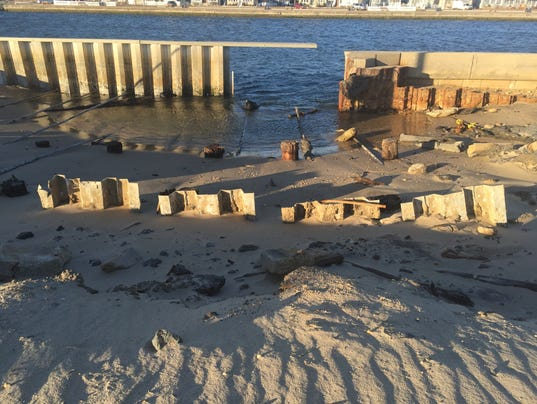 Point pleasant beach will fix hole in manasquan inlet wall for Manasquan inlet fishing