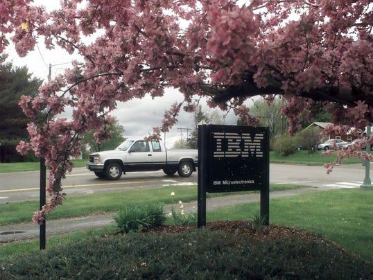 BUR 0711 IBM politics c1