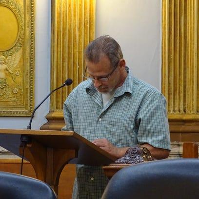 Kevin Reifsnyder, Connie Harkin's fiance, speaks during