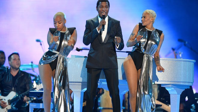 Babyface, getting everyone in the audience pregnant.