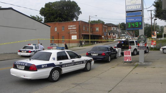 Police respond to the scene of a shooting in Somerset, Ky.