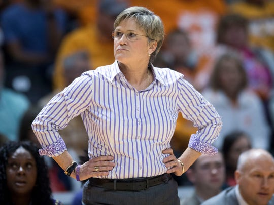 Tennessee head coach Holly Warlick during the game against Mississippi State on Sunday, January 21, 2018.