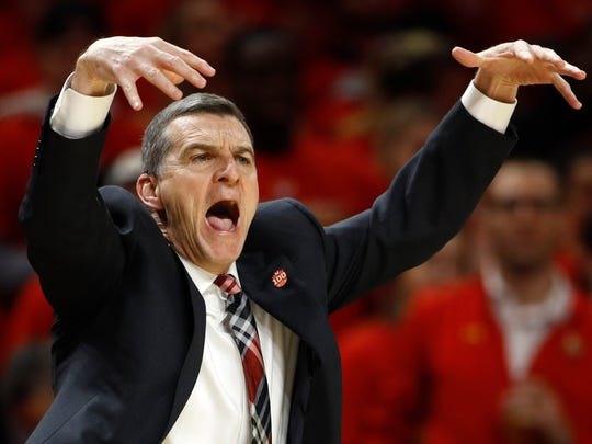 Maryland head coach Mark Turgeon gestures in the first half of an NCAA college basketball game against Michigan, Sunday, March 3, 2019, in College Park, Md. (AP Photo/Patrick Semansky)