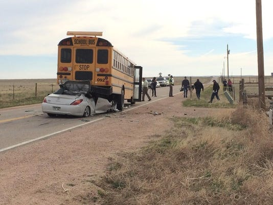 FTC0421-gg.bus crash01.jpg