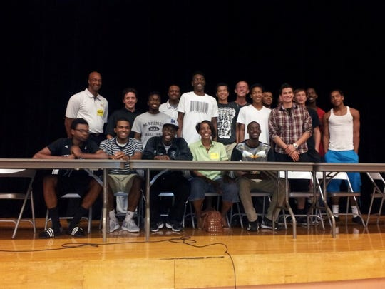 Mariner's Kaleb Darrett signed to play basketball at Hillsborough Community College on Wednesday.