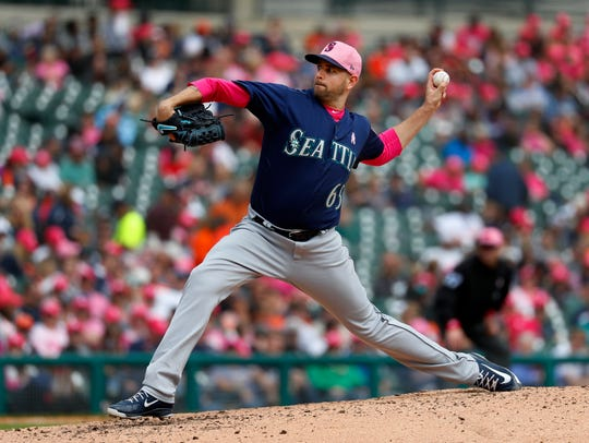 Seattle Mariners pitcher James Paxton throws against