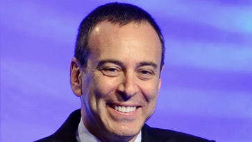 Sears, Kmart stores ailing as CEO Eddie Lampert's hedge fund gets hundreds of millions