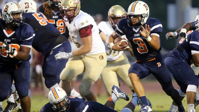 Blackman's Taeler Dowdy (3) runs the ball during the game against Riverdale at Blackman, on Friday Sept. 4, 2015.