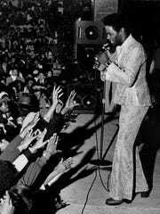 CROPPED VERSION - Al Green in a Little Rock, Arkansas