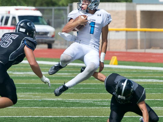 Oñate's Forest McKee, left, and Benjamin Carrizal,