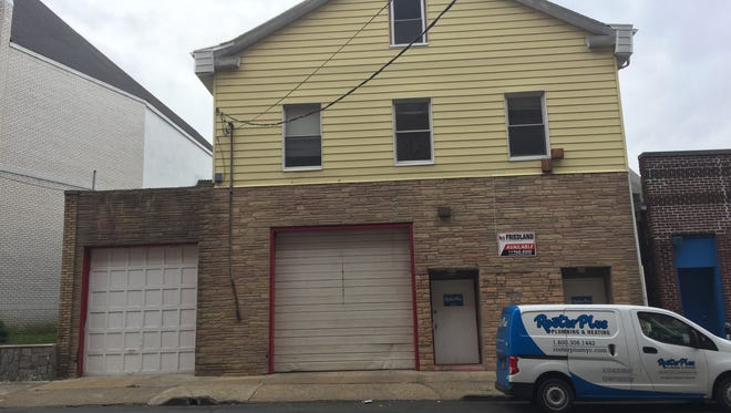 A commercial building at 34 S. Sixth Ave. in Mount Vernon faces a foreclosure auction Nov. 18.
