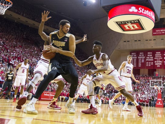 Purdue Boilermakers center A.J. Hammons (20) tries