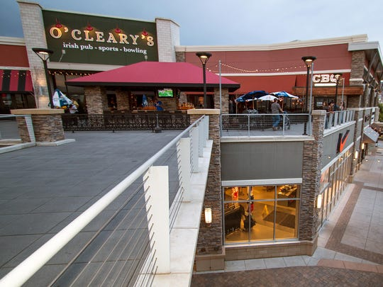 "O'Cleary's Irish Pub in the Outlets at Sparks is hosting two events, Dec. 17 and 19, to celebrate the opening weekend of ""Star Wars: The Force Awakens"" at the Outlets' Galaxy Theatre."