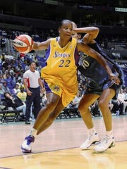 Former Ole Miss and WNBA star Jennifer Gillom led the