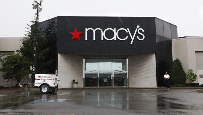 Medley Centre Macy's.