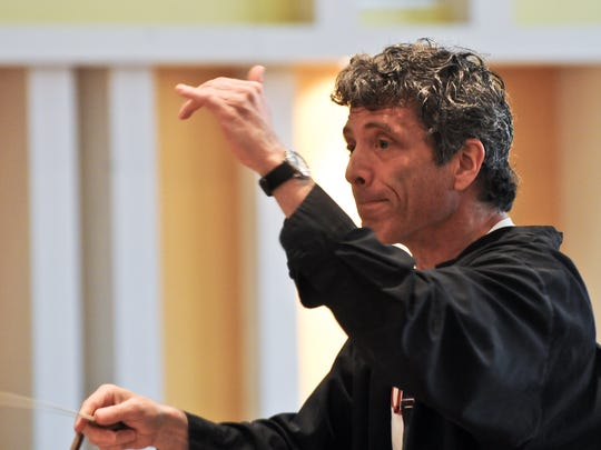 Ronald Braunstein pictured conducting the Vermont Youth Orchestra in 2010.