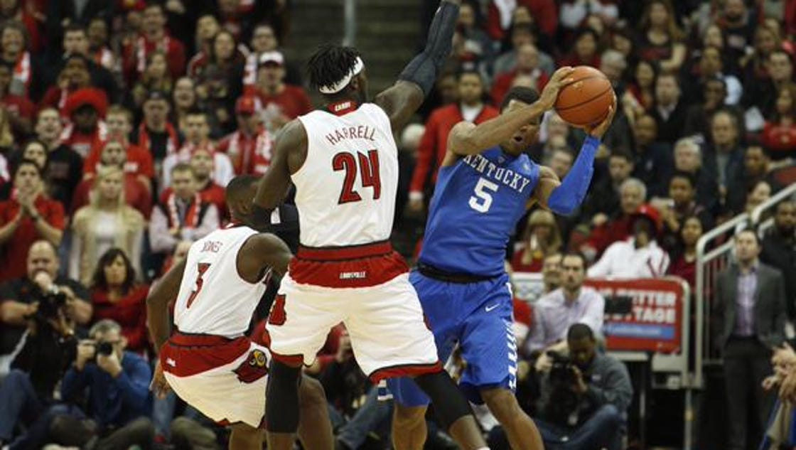 College Basketball Can Anyone Beat The Kentucky Wildcats: Kentucky Basketball Holds On To Beat Louisville