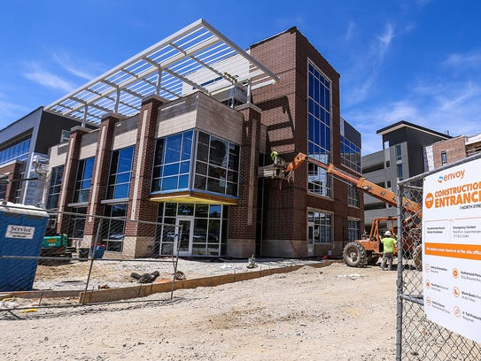 The 1 North building will house living and retail spaces on North Street in Fishers.