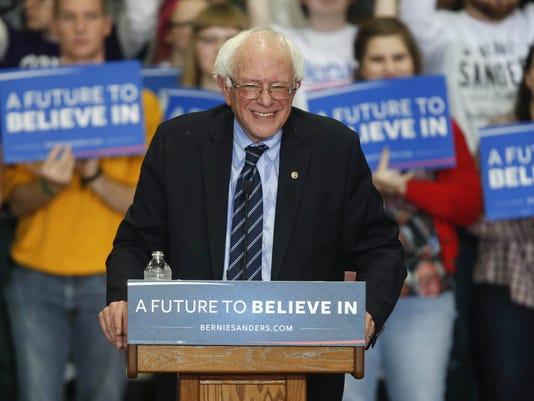 635887163456488202-Bernie-Sanders.jpg
