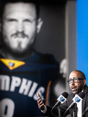 Grizzlies coach David Fizdale speaks to the media during a press conference Aug. 29, 2017, announcing the addition of the team's newest players Mario Chalmers, Tyreke Evans and Ben McLemore at FedExForum.