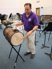 San Juan College music professor Teun Fetz demonstrates