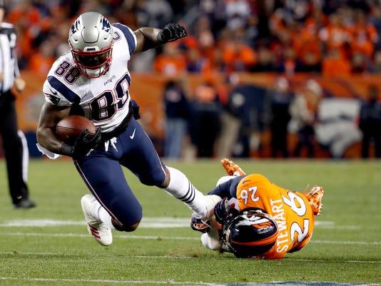 636462858867289983-Patriots-Bennett-Returns-Football.jpg