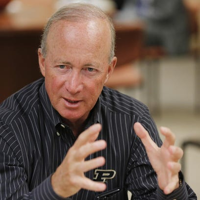 Purdue President Mitch Daniels is careful about talking politics, but he sized up issues he says he's not hearing in presidential race.