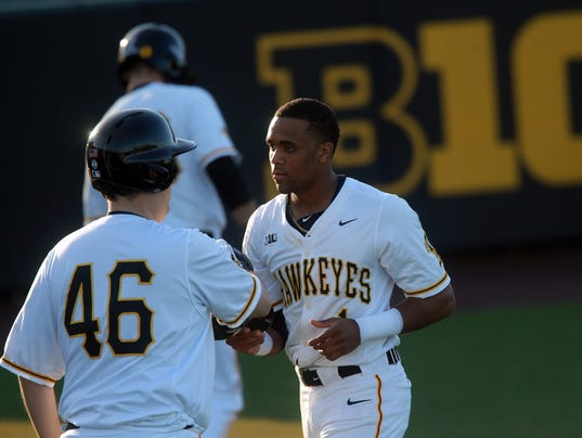 636553534450075167-180227-18-Iowa-vs-Cornell-College-baseball-ds.jpg