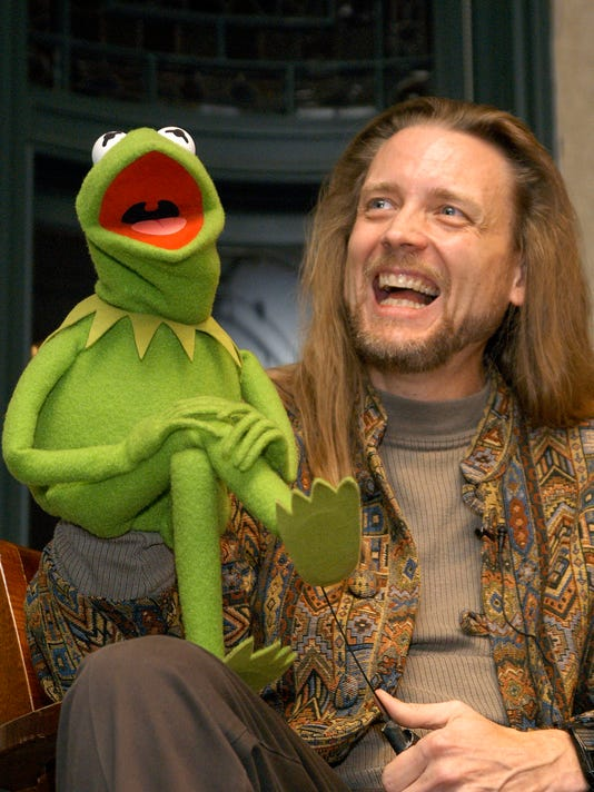 Muppet Kermit the Frog and his operator Steve Whitmire take questions from the audience at Barnes & Noble