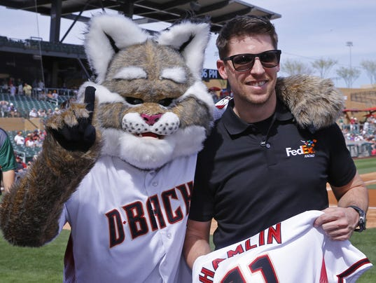 Better mascot: Diamondbacks' D. Baxter the Bobcat or Mets ...