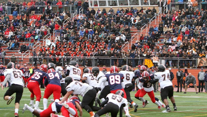 Stepinac High School defeated White Plains High School in the 2016, and perhaps final, Turkey Bowl football game, which was played at White Plains High School. Frank Becerra Jr