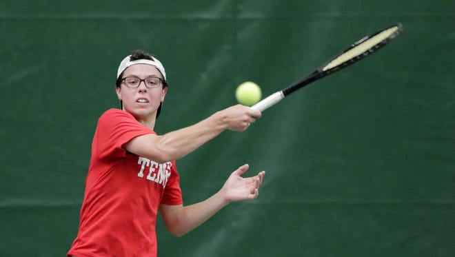 Neenah's Kyler Kappes hits a forehand return in a 1st round singles match at the 2018 WIAA boys tennis state tournament at Nielsen Tennis Stadium on Thursday, May 31, 2018 in Madison, Wis.  Adam Wesley/USA TODAY NETWORK-Wisconsin