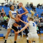 Cavaliers suffer frustrating night, fall to Blue Lions