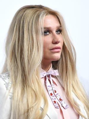 Kesha: March 1, 1987.