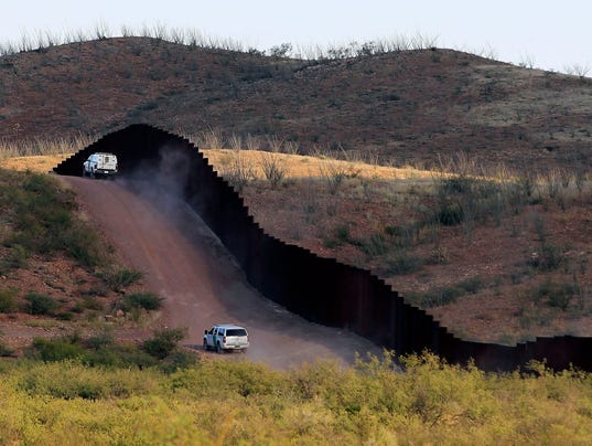 AP TRUMP BORDER A FILE USA AZ