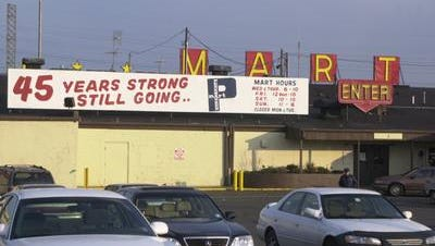 The Pennsauken Mart, shown in 2001, was a retail center that predated the rise of malls in South Jersey.