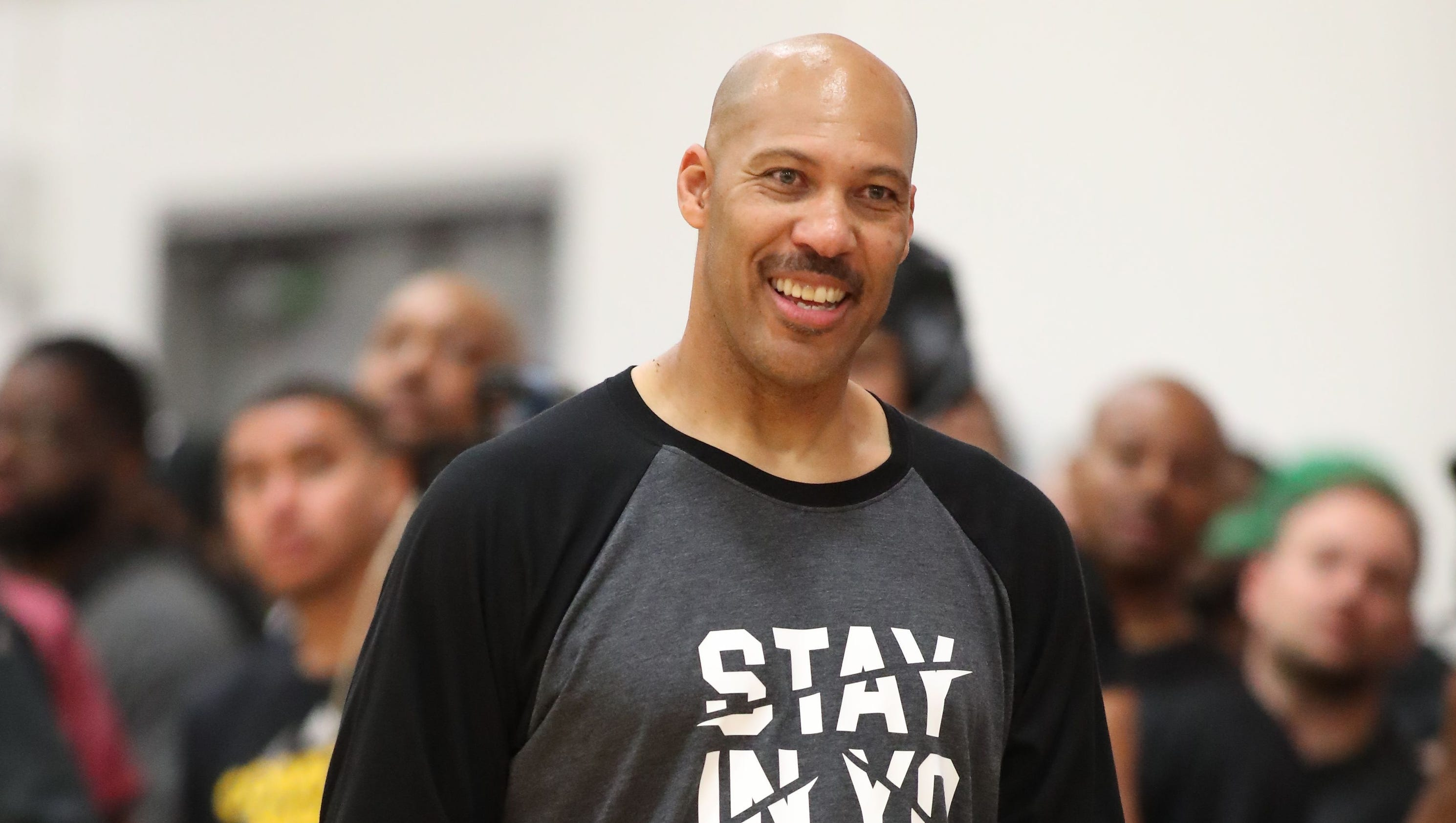 Coach LaVar Ball sings different tune day after embarrassing AAU game