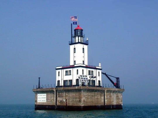 The DeTour Reef Light