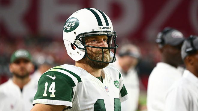 Oct 17, 2016; Glendale, AZ, USA; New York Jets quarterback Ryan Fitzpatrick (14) reacts after being benched in the fourth quarter against the Arizona Cardinals at University of Phoenix Stadium. The Cardinals defeated the Jets 28-3. Mandatory Credit: Mark J. Rebilas-USA TODAY Sports
