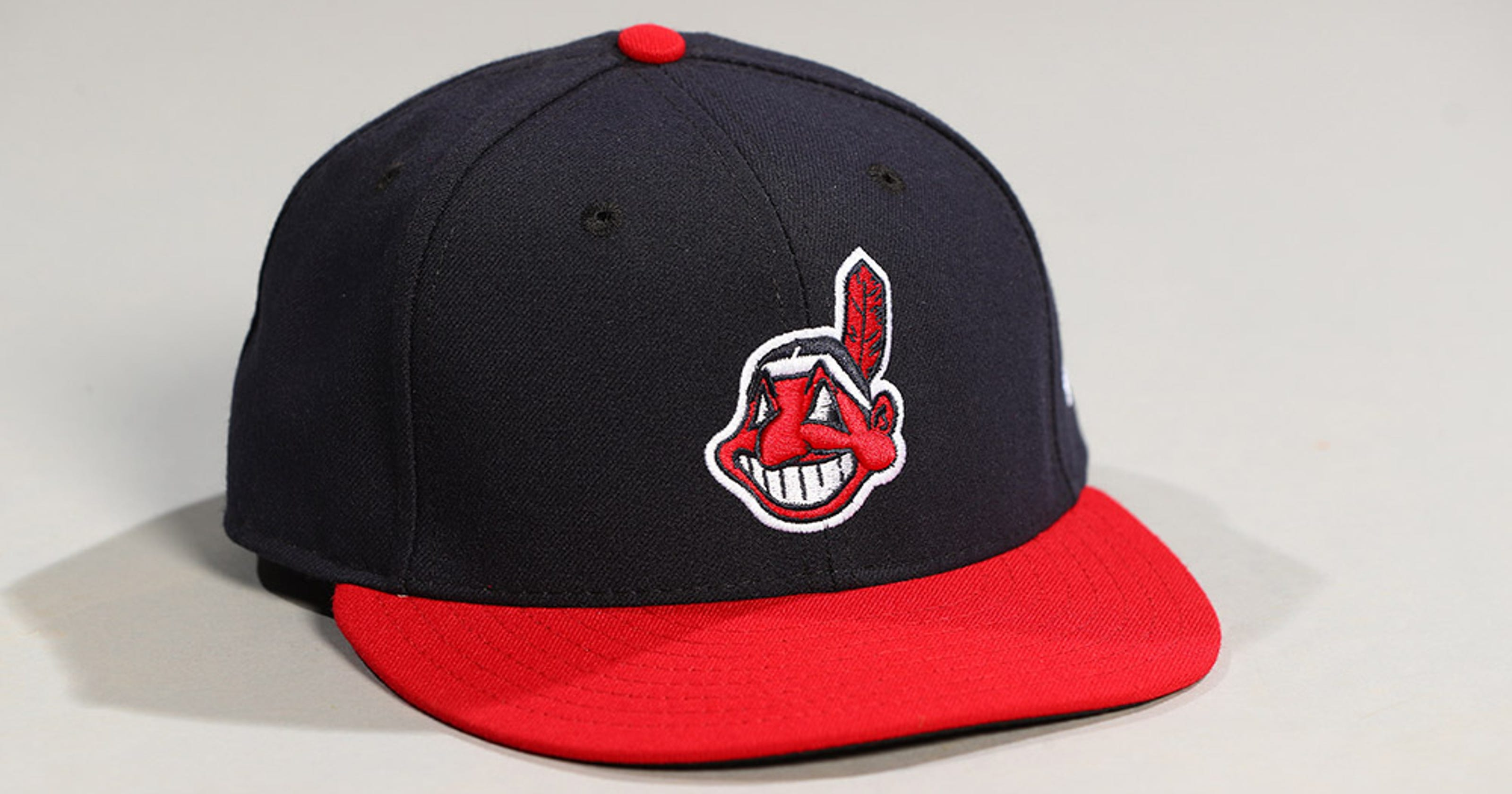 49c2a1bc MLB removes Indians Jackie Robinson Day hat from shop