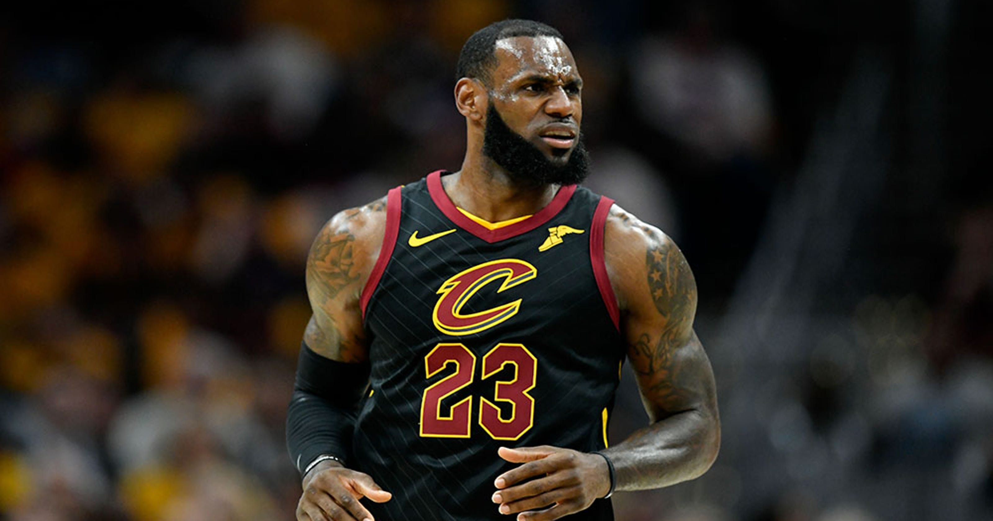 7ef13dae40f94 5 times LeBron James was the Greatest (Dad) of All Time