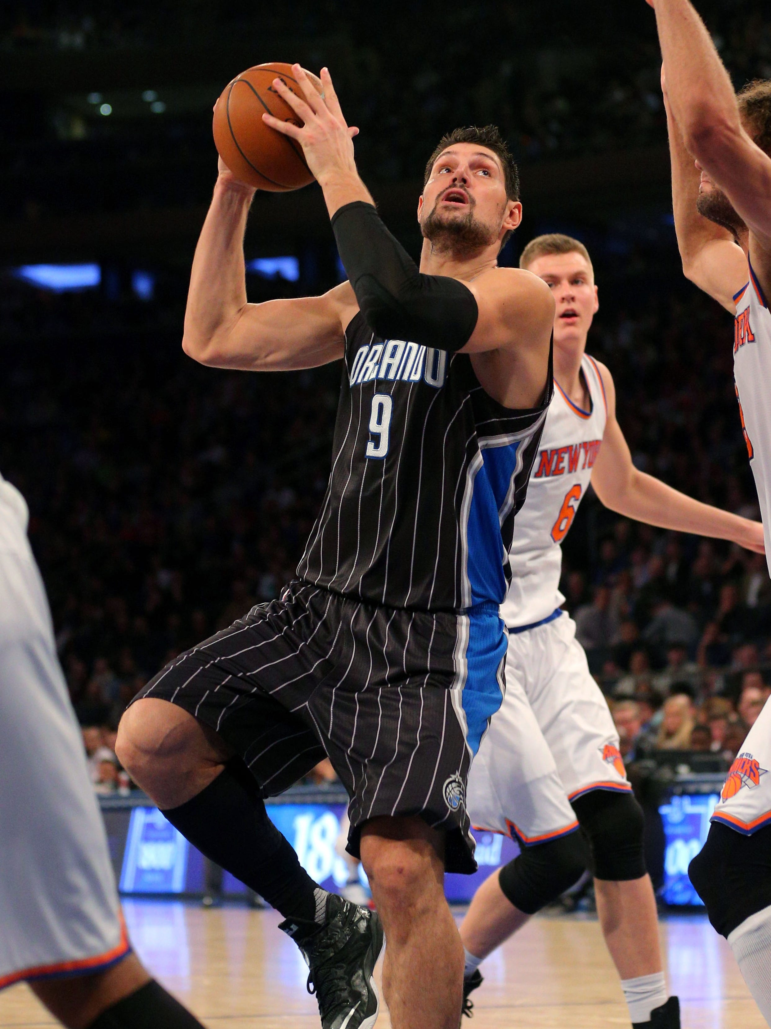 New York Knicks Joakim Noah Signed Basketball Coa Superior Materials Sports Mem, Cards & Fan Shop