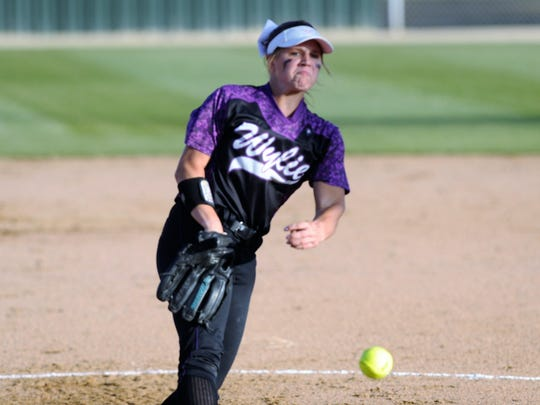 Wylie's Kaylee Philipp (3) throws a pitch during the Lady Bulldogs' 4-3 loss to Vernon in Game 2 of the bi-district playoffs at Cates Field in Snyder on Friday, April 27, 2018.