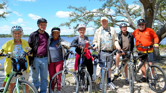 From left:  Eve Skelton, Jim Menges, Edilia Menges, Judy Downey, Don Dispel, Fritz Roup, and Bill Wagner.  Not pictured, Paul Rejda.